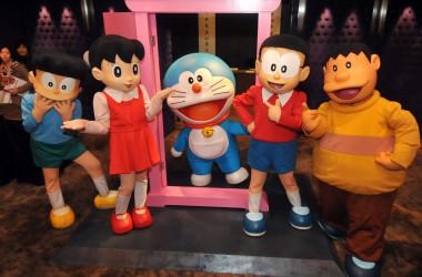 中国でも大人気の日本アニメ「ドラえもん」(Mandy Cheng/AFP/Getty Images)