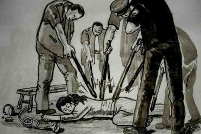 警棒タイプのスタンガンで打撃される、強制収容所の収容者。体験者が描いた(文中のネット中毒治療書とは無関係、参考写真@大紀元)