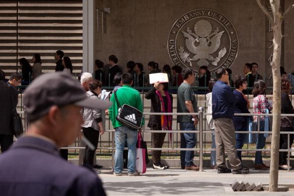 北京の米国大使館(Ed Jones/AFP/Getty Images)