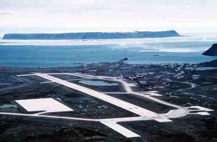 グリーンランド西北部にあるチューレ空軍基地(米国空軍)