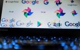 2018年3月北京で撮影、パソコン画面に映るグーグルのロゴ(NICOLAS ASFOURI/AFP/Getty Images)