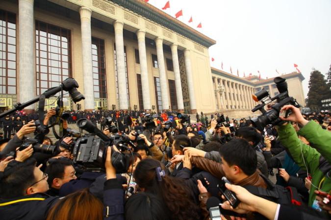 両会に参加した107人の富豪とその家族の総資産は(約39兆5500億円)を上回った (ChinaFotoPress/Getty Images)