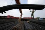 70社の国有鋼鉄企業のうち、黒字企業10社以外はほぼ赤字だが、多くの鋼鉄企業の決算報告書は「利益」を計上している(AFP)