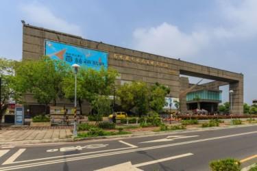 台湾彰化県の員林芸術文化センターで神韻公演が上演され、2公演とも満席となった(鄭順利撮影)