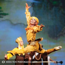1986年に放映された『西遊記』では、孫悟空が妖怪に恋する回がある。写真は、中国古典舞踊・神韻芸術団の演目である「西遊記」から(www.shenyunperformingarts.org)