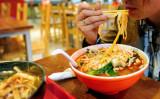 美味しいほど危険? 中国で気をつけたい5つの食品 (FREDERIC J. BROWN/AFP/Getty Images)