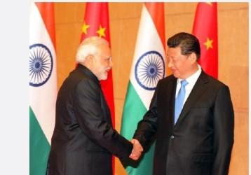 6月15日早朝、インドのモディ首相は中国のSNS微博に習主席の誕生日を祝うメッセージを投稿。モディ首相と習主席が握手している写真も添付されていた(ネット写真)