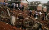 7月7日、強制立ち退きで破壊された家から、この家に住む住民の遺体が発見された。家を破壊する際に生き埋めになった可能性が高いとみられる(ネット写真)