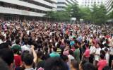 「中国労工通信」が発表した調査結果により、今年上半期における中国のストライキ発生件数が、昨年の同時期と比べて2割近く増加したことが明らかになった。写真は2014年4月に東莞靴工場のストライキ(資料写真)