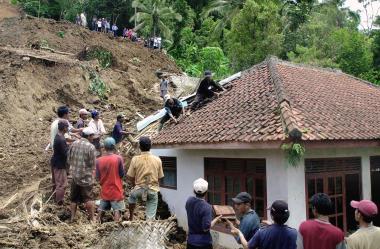 土砂崩れの危険箇所は日本全国で56万箇所もあるという(Getty Images)