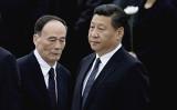 習近平政権が反腐敗キャンペーンを開始以降、元中央政治局常務委員の周永康氏を含む最高指導部の高官を失脚させた。しかし、腐敗案件の多すぎるため、「100年経っても処理が終わらない」という。(Feng Li/Getty Images)