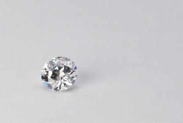 金剛石とも呼ばれるダイヤモンドは世の中で最も硬いもの(Michelle Tribe/flickr)