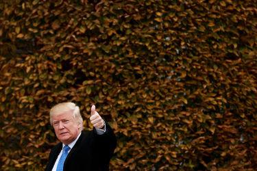 20日、会議のためニュージャージー州を訪問したドナルド・トランプ氏(Drew Angerer/Getty Images)