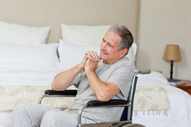 仕事に没頭する多くの男性は専門医を訪ねることを怠る。伴う結果も思わしくない(Foliate)