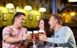 習慣的にお酒を飲む人は不整脈になりやすい(fotolia)