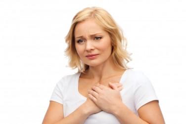 身体の痛みの原因のほんとんどは精神的なもの (402753628/shutterstock)