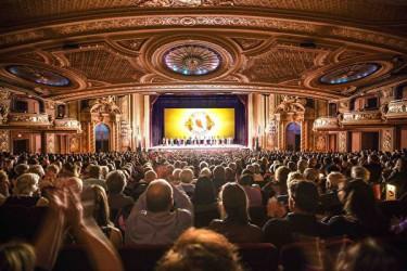 マサチューセッツ州ボストンの超満員の神韻公演(大紀元)