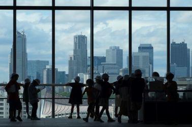 6月、スカイツリーの展望階から望む東京の高層ビル群(KAZUHIRO NOGI/AFP/Getty Images)