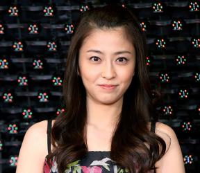 がんで闘病中だったフリーアナウンサーの小林麻央さんが6月22日、亡くなった。2008年、六本木ヒルズで開かれた映画試写会に登場した小林麻央さん(GettyImages)