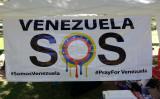 ベネズエラでは混乱が拡大し、死亡者数も増え続けている(Timothy Wahl/The Epoch Times)