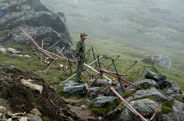 ドクラム地区(中国名・洞朗)」で2カ月以上にらみ合いを続けてきた中印両軍が撤退に合意したとインド当局は28発表した。(AFP/Getty Image)