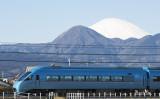 特急ロマンスカー(MSE・60000形)