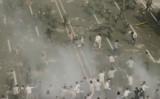 韓国映画「タクシー運転手」のワンシーン。中国当局は、六四天安門事件を連想させる恐れがあるとして同映画についての議論を禁止した(ネット写真)
