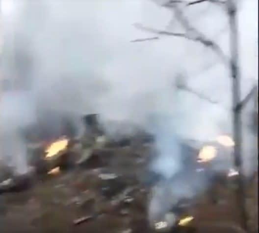 1月29日、中国空軍は貴州で訓練中の軍用機が墜落したと発表した。事故現場を撮影したものとみられる映像がネットで出回っている(スクリーンショット)