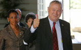 2013年米国会議員代表団を率い、日本を訪問した米共和党所属のダナ・ローラバッカ―下院議員(AFP PHOTO/POOL/Shuji Kajiyama)