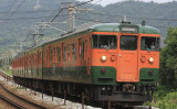 1963年に設計された国鉄115系は、半世紀の活躍を迎えた2018年3月、引退する(wikimedia)