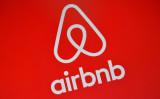 民泊仲介最大手Airbnb(エアビー)は、ホスト情報を中国当局に提供する(Carl Court/Getty Images)