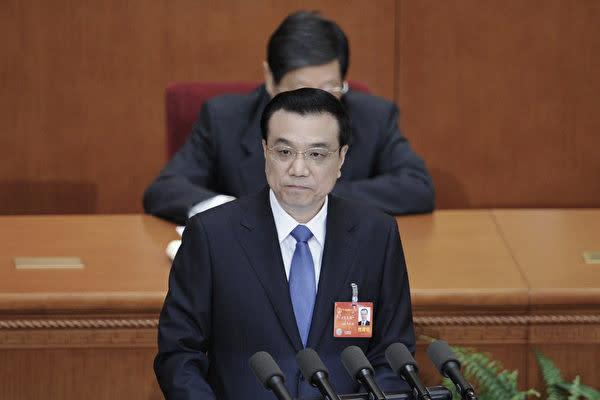 中国の李克強首相がこのほど、国務院の会議で「人民による政府監督」を公言した。しかし当局は後にこの発言に関する報道記事を差し替えた。写真は李克強首相(WANG ZHAO/AFP/Getty Images)