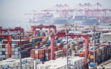 米通商代表部(USTR)は17日、2000億ドル相当の中国製品に対して10%の関税を課すると発表した(AFP)