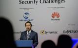 中国当局は7日、インターポール中国人総裁で中国公安部次官の孟宏偉氏について、「違法行為があった」として取り調べを実施していると発表した(ROSLAN RAHMAN/AFP/Getty Images)