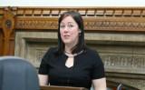 倫理団体BAFOHのベッキー・ジェームス氏は、広州との姉妹都市解消のための請願書をブリストル市に提出した。写真は10月、英議会で開かれた円卓会議に出席したジェームス氏 (Justin Palmer)