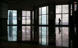 米国人ジャーナリストはこのほど、中国情報機関が欧米各国で行っている工作員のリクルートを分析した(Photo credit should read ANTHONY WALLACE/AFP/Getty Images)