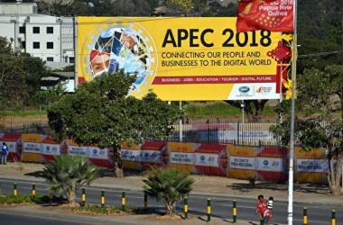 米国ジャーナリストは、中国当局者が18日まで開催されたAPEC首脳会議で「駄々っ子外交」を行ったと皮肉った(SAEED KHAN/AFP/Getty Images)