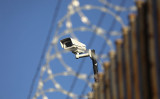 英メディアによると、米政府は中国国有監視カメラ製造最大手の海康威視数字技術(ハイクビジョン)を輸出規制の対象にすると検討している(John Moore/Getty Images)