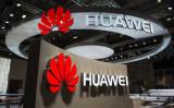 米紙ウォールストリート・ジャーナルによると、米政府は中国通信機器大手ファーウェイが5GとIoT技術を軍事利用すると懸念している(JOHN MACDOUGALL/AFP/Getty Images)
