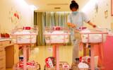 米国当局は1月31日、米国籍取得目的で中国人妊婦を訪米させる「出産ツアー」を企画運営する経営者20人を逮捕・起訴した。写真は2018年5月、上海の富裕層向けバースハウス(AFP/Getty Images)