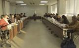 奄美大島南部・瀬戸内町の役場内で2月2日、第3回クルーズ船寄港地に関する検討協議会が開かれた。世界大手クルーズ船ロイヤルカリビアン・インターナショナルのプレゼンテーションも行なわれたが、当日は報道公開されず、協議会参加者の録音や録画も禁止された(瀬戸内町公式SNS)