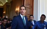 ベネズエラのフアン・グアイド暫定大統領 (YURI CORTEZ/AFP/Getty Images)