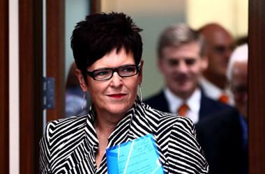 中国共産党機関紙・人民日報はこのほど、ニュージーランド元首相のジェニー・シップリー氏が署名した評論記事を掲載した。しかし、シップリー氏は寄稿を否定した(Photo by Phil Walter/Getty Images)