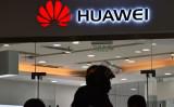 中国通信機器大手のファーウェイは7日、米政府のファーウェイ製品使用禁止令が米憲法に違反しているとして、米政府を相手に訴訟を起こしたと発表した(GREG BAKER/AFP/Getty Images)