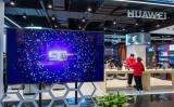 米軍元高官6人は3日共同声明を発表し、同盟国が5G通信網に、中国通信機器大手ファーウェイの技術と設備を導入することに懸念を示した(STR/AFP/Getty Images)