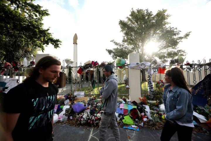 3月15日、ニュージーランドのクライストチャーチで発生したモスク襲撃事件では、100人近くの死傷者が出た。被害者たちは、中国の潮州集団からの2億円相当の寄付の返送を申し出た(SANKA VIDANAGAMA/AFP/Getty Images)