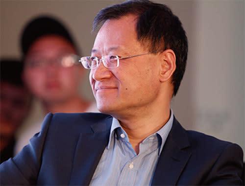 中国の著名法学者で、名門・清華大学の許章潤教授(57)はこのほど当局を批判したため、停職処分を受けた(新紀元資料室)