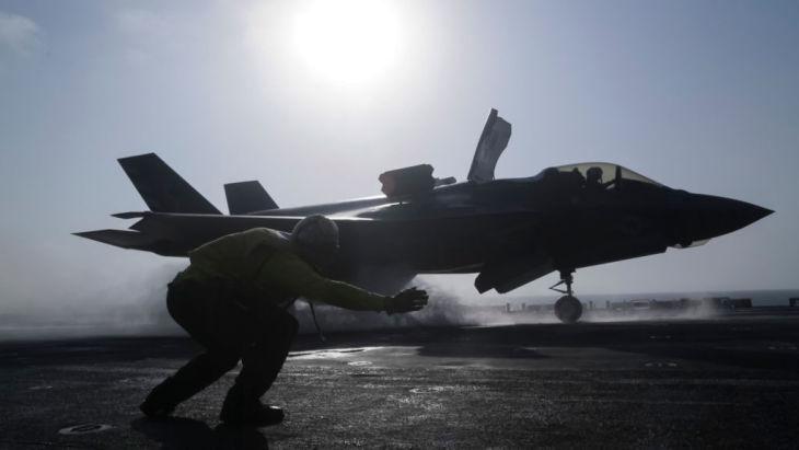米海軍所有のF35B、2018年2月撮影(Cpl. Francisco J. Diaz Jr./U.S. Marine Corps via Getty Images)