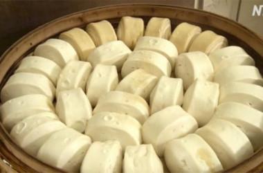 饅頭(マントウ)(新唐人)