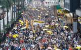 4月28日、中国共産党政府に近い香港当局による、法治の危機を訴える香港住民や海外在住者が、パレードを行った (Poon Zoi-Syu/Epoch Times)
